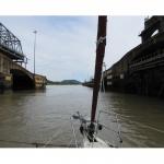 Bouteille à la mer – «Alter» (OVNI 435) sur le Canal de Panama